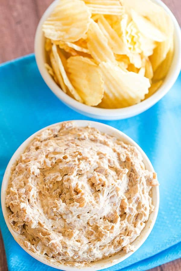 This homemade French onion dip recipe features deeply caramelized onions, balsamic vinegar, some seasonings, sour cream and mayonnaise. Easy and SO delicious! | browneyedbaker.com