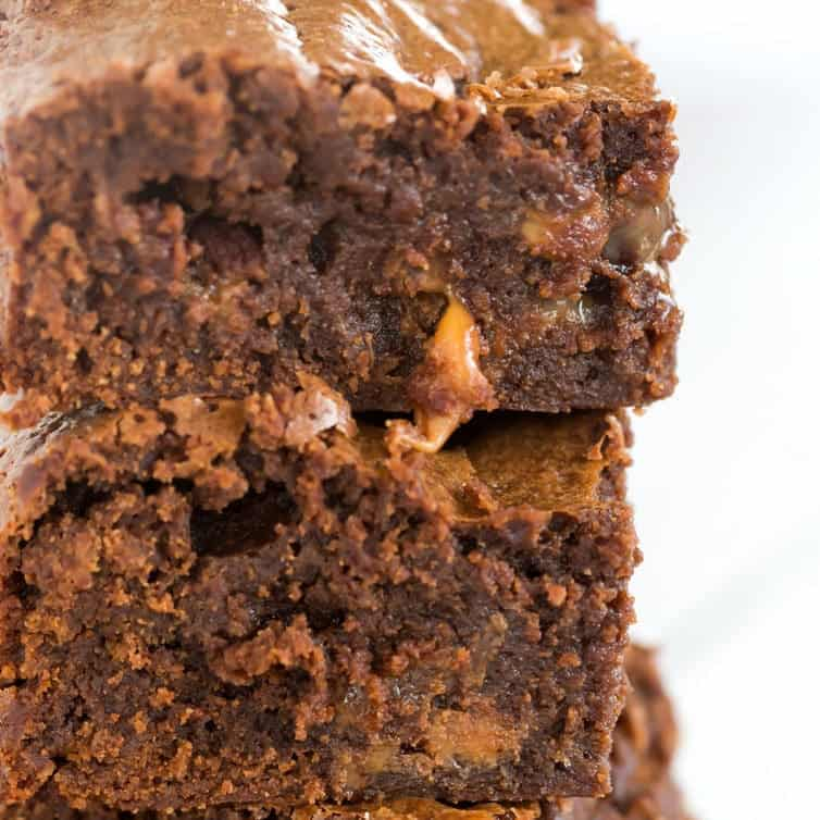 Salted Rolo Brownies | Brown Eyed Baker | Bloglovin'