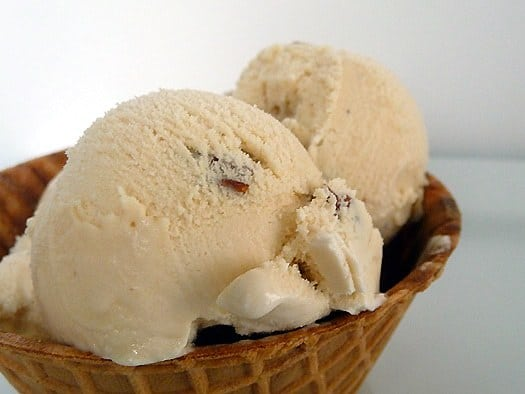 Butter Pecan Ice Cream | Brown Eyed Baker