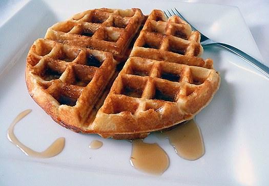 brown-sugar-bacon-waffles-main