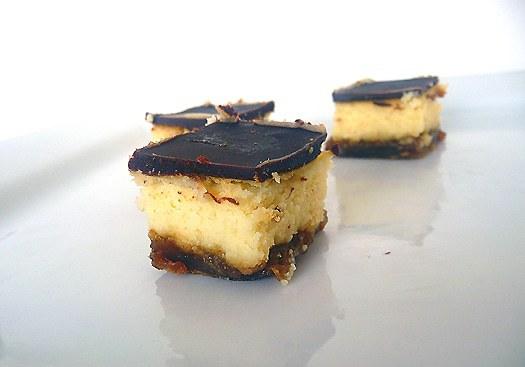 dulce-de-leche-cheesecake-bars-3
