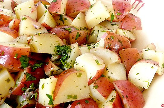 potato-salad-vinaigrette-closeup