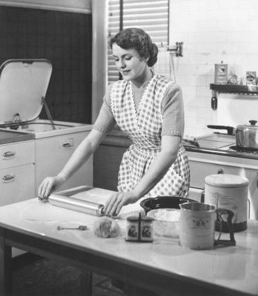 woman-in-kitchen