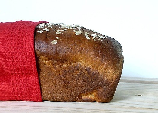 Honey-Oatmeal Sandwich Bread