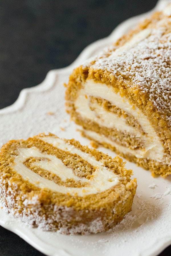 Top 10 List: Favorite Cake Recipes >> Pumpkin Roll | browneyedbaker.com