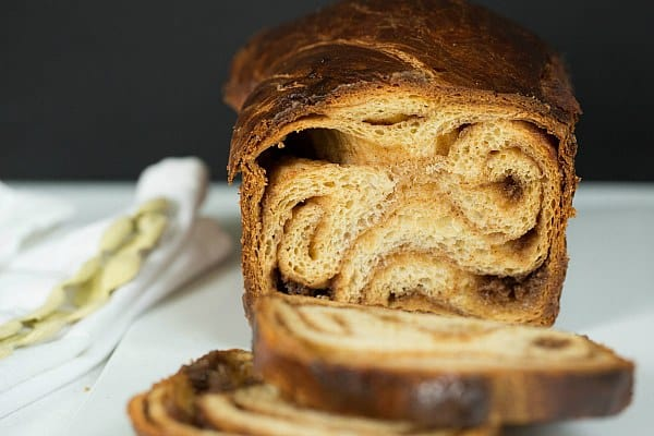 Cinnamon Babka by @browneyedbaker :: www.browneyedbaker.com