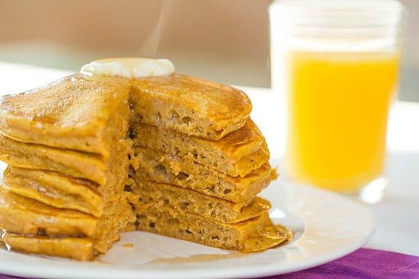 Pumpkin Pancakes by @browneyedbaker :: www.browneyedbaker.com