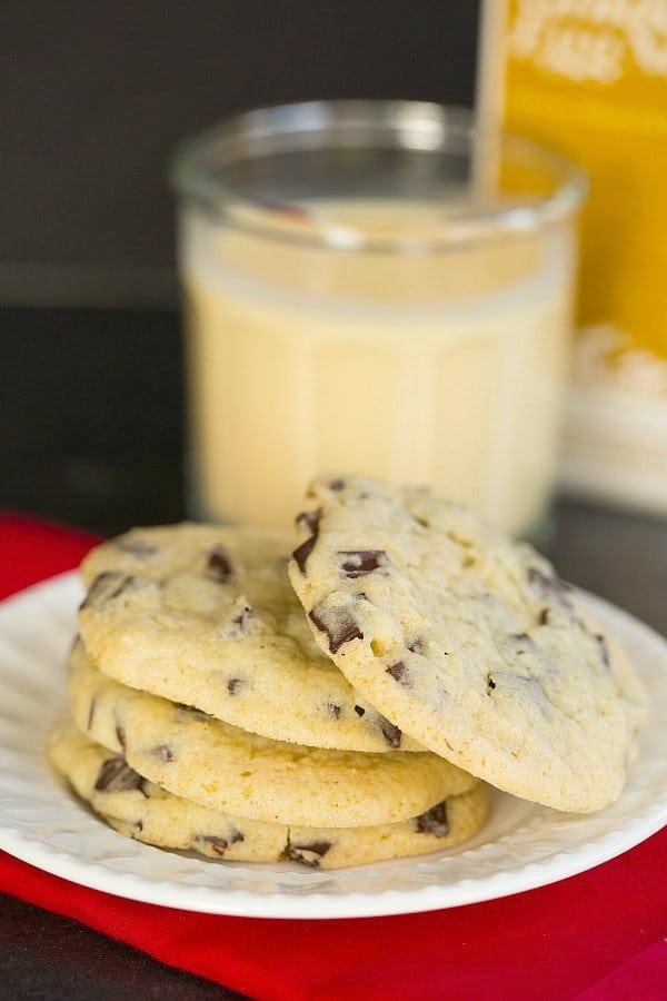 Dark Chocolate Chunk Eggnog Cookies by @browneyedbaker :: www.browneyedbaker.com