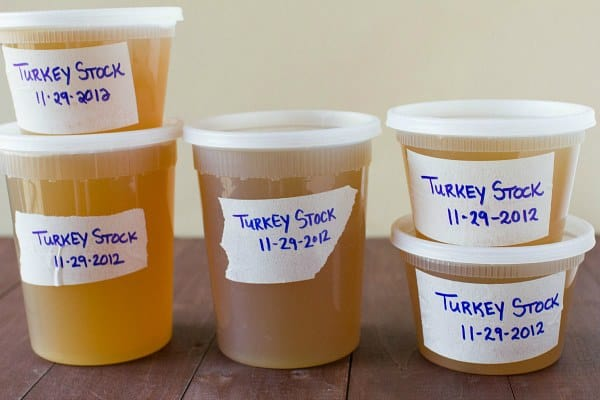 How to Make Turkey Stock by @browneyedbaker :: www.browneyedbaker.com