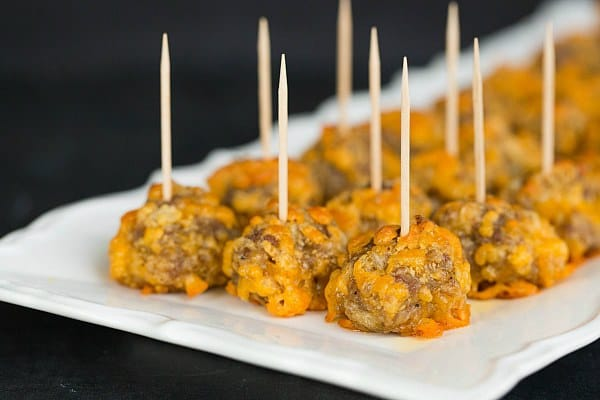 Sausage-Cheddar Bites - An easy appetizer for the #SuperBowl or any party! | browneyedbaker.com