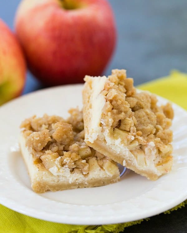 Apple Cheesecake Crumb Bars | browneyedbaker.com #recipe