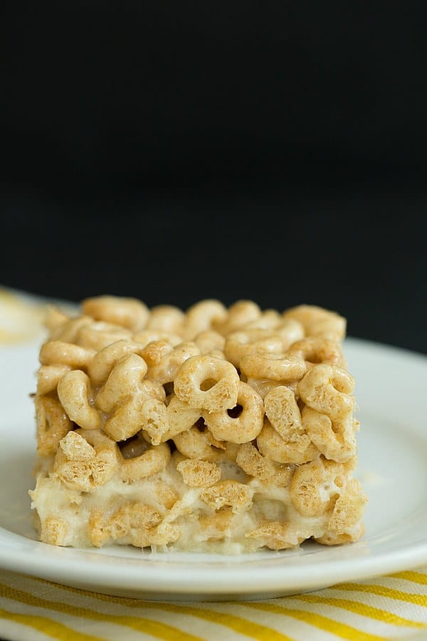 Honey Nut Cheerios & Banana Marshmallow Cereal Treats | browneyedbaker.com