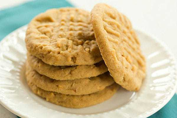 Chunky, Chewy Peanut Butter Cookies | browneyedbaker.com