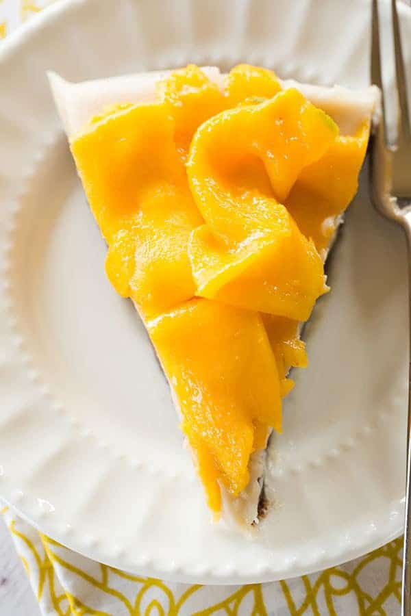 [PALEO] No-Bake Coconut-Mango Cheesecake | browneyedbaker.com