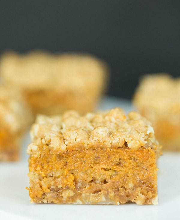 Pumpkin Pie Oatmeal Crumbs Bars :: 60 Favorite Fall Dessert Recipes