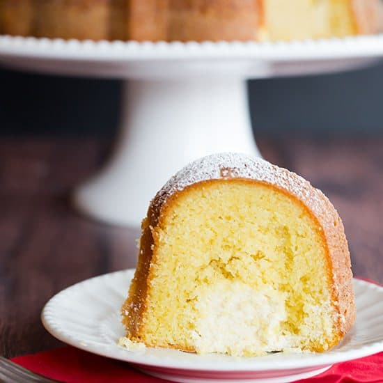 Simple Vanilla Cake With Egg: Twinkie Bundt Cake