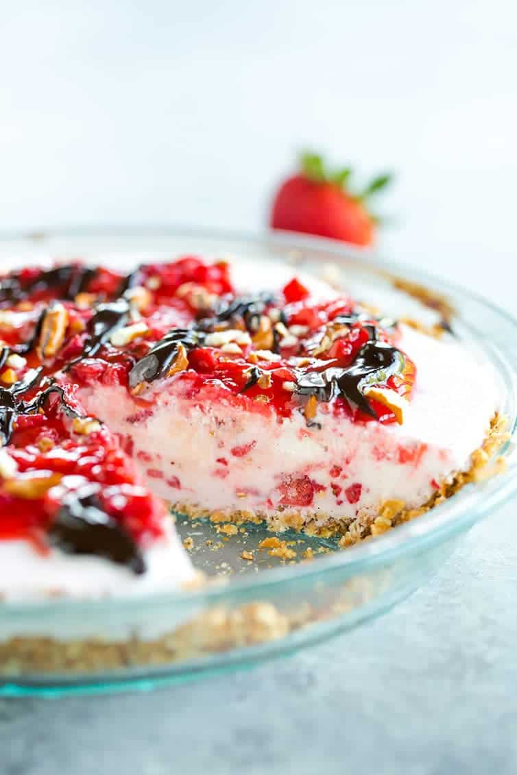 A gorgeous Pretzel Strawberry Ice Cream Pie - super refreshing!