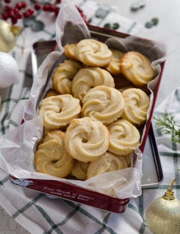 A red tin filled with Danish butter cookies.